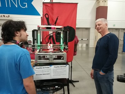 Megamax 3D printer and it's proud Dad